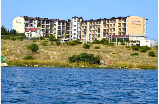 Посуточно видовая квартира у моря с бассейном во дворе - Аренда квартир в Севастополе