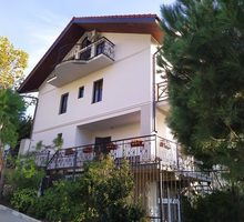 В гостевой дом требуются: Горничная, Повар (с.Оползневое, рядом с СКК «Мрия») - Гостиничный, туристический бизнес в Крыму
