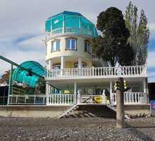 Продам гостиницу 900 кв.м. в первой линии от моря в пос.Солнечногорское, Алушта - Продам в Крыму