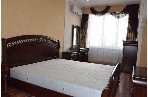 Элитная   132.5 м2 на пр-те Античный - Квартиры в Севастополе