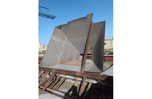 Изготавливаем силоса бункеры для сыпучих материалов - Металлические конструкции в Севастополе