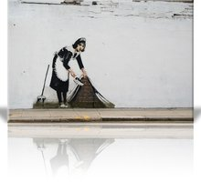 Требуется уборщица в магазин одежды г.Евпатория - Без опыта работы в Евпатории