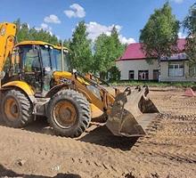 Услуги экскаватора-погрузчика, самосвалов 6-20м3 - Услуги в Севастополе