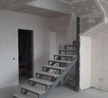 Продам  к на пр. победы 21а - Квартиры в Севастополе