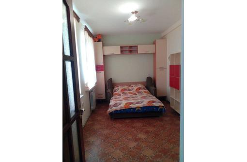 Сдаётся посуточно 2-х комнатный дом г.Феодосия - Аренда домов, коттеджей в Феодосии