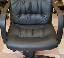 Кресло оператора офисное Чери эко-кожа (новое) - Мебель для офиса в Симферополе