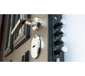 Монтаж межкомнатных и входных дверей - Ремонт, установка окон и дверей в Керчи