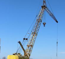 Сдам в аренду краны МКГ-40 , МКГ-25 ,КС-5363 гп  25-40 тонн - Строительные работы в Севастополе