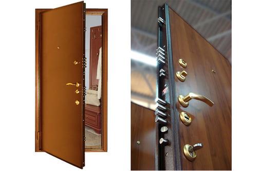 Монтаж межкомнатных и входных дверей, фото — «Реклама Севастополя»