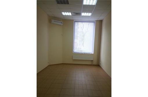 Ул Нахимова - Офисное помещение в Коммерческом здании, площадь 20 кв.м., фото — «Реклама Севастополя»