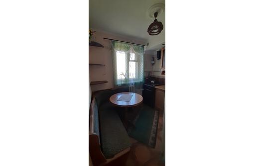 Продам двухкомнатную квартиру в Феодосии - Квартиры в Феодосии