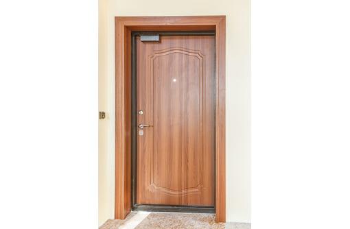 Устанавливаем межкомнатные и входные двери, фото — «Реклама Севастополя»