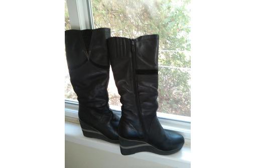 Продам зимние сапоги, женские - Женская обувь в Феодосии
