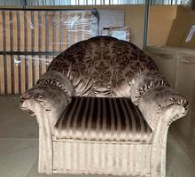 Кресло мягкое. Состояние очень хорошее - Мягкая мебель в Симферополе