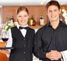 На круглогодичную работу в частную гостиницу (Новый Свет, Судак) требуются: - Официант - Бары / рестораны / общепит в Феодосии
