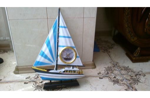 Новая яхта сувенирные часы - Подарки, сувениры в Севастополе