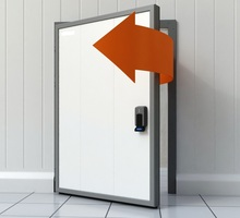 Двери Холодильные Морозильные для Камеры Склада - Продажа в Феодосии