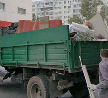 Вывоз мусора с грузчиками, cыпучие материалы, спил деревьев в Симферополе - Вывоз мусора в Симферополе