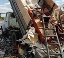 Вывоз мусора с грузчиками, спил деревьев, демонтаж в Симферополе - Вывоз мусора в Крыму