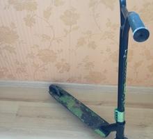 Самокат трюковый - Игрушки в Севастополе