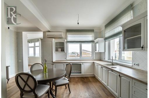 Продается двухкомнатная видовая крупногабаритная квартира по ул.Дмитрия Ульянова 55, фото — «Реклама Севастополя»