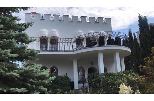 Сдам посуточно коттедж с евроремонтом у моря,ул.Рубежная.Цена 18000 руб - Аренда домов, коттеджей в Севастополе