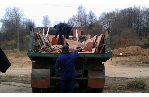 Вывоз хлама, мусора с квартир, коттеджей, дачных участков - Вывоз мусора в Севастополе