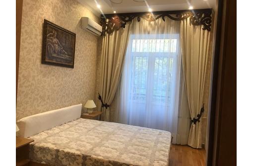 Сдаётся   кв-ра в центре евро-ремонт 55 тыс - Аренда квартир в Севастополе