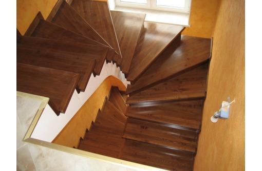 Деревянные лестницы от производителя, фото — «Реклама Севастополя»