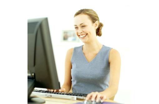 Набор сотрудников на онлайн вакансию, фото — «Реклама Севастополя»
