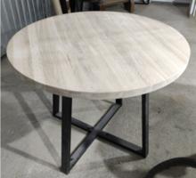 Круглый стол из массива дуба. Цельная ламель - Столы / стулья в Крыму