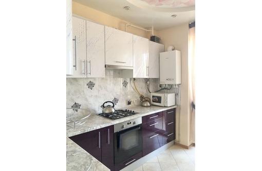 Срочно продам двухкомнатную квартиру на Корабельной - Квартиры в Севастополе