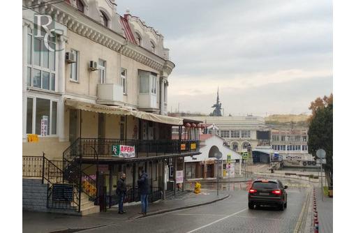 Общепит с летней площадкой в Артбухте, фото — «Реклама Севастополя»