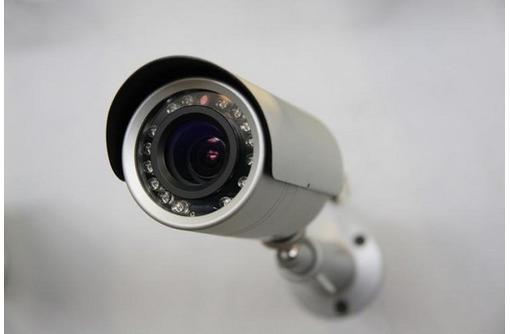 Установка видеонаблюдения и спутникового ТВ, фото — «Реклама Севастополя»