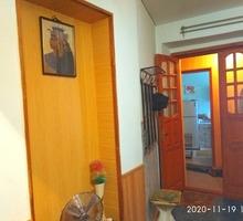 Продам  2-комн квартиру в центре Феодосии за 2,99 млн руб - Квартиры в Феодосии