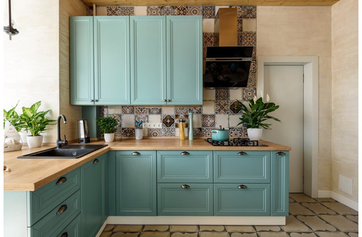 Кухни и корпусная мебель на заказ в Черноморском. Высокое качество, доставка, доступные цены! - Мебель на заказ в Черноморском