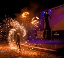 Лучшее Огненное (фаер) шоу, Аниматоры и Ходулисты, Живые Статуи на праздник - Свадьбы, торжества в Евпатории