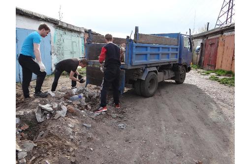 Вывоз строительного мусора, веток, хлама, старой мебели, с погрузкой и без - Вывоз мусора в Севастополе