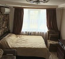 Продам хорошая квартира с ремонтом Горпищенко . Арсенальная,27 - Квартиры в Севастополе