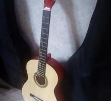 Гитара для учебы или подарок недорого - Гитары и другие струнные в Симферополе