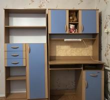 Продаётся стенка в детскую комнату! 8000₽ - Мебель для спальни в Черноморском