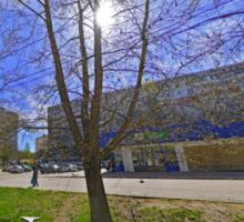 Продается двухкомнатная квартира, г. Симферополь, ул.6о лет Октября 18 - Квартиры в Крыму