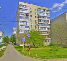 Продается трехкомнатная квартира, г. Симферополь, ул. Декабристов - Квартиры в Симферополе