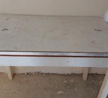 Стол б/у в хорошем состоянии для строительных работ - Ремонт, отделка в Севастополе