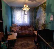 Продается комната на 1эт/5эт дома по адресу Героев Подводников 8 - Комнаты в Севастополе