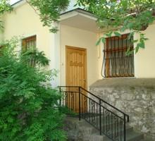 Коттедж без посредников в центре - Аренда квартир в Крыму