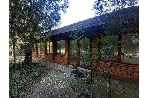 Продается гостиница в п. Любимовка на ул. Федоровская, 26 - Продам в Севастополе