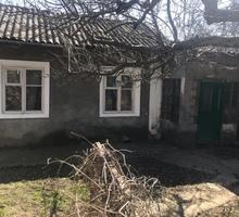 Продам дом Центр п.г.т.Гвардейское Симферопольский район - Дома в Симферополе