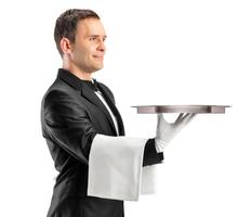 В ресторан на ЮБК требуются – официанты. - Бары / рестораны / общепит в Алуште