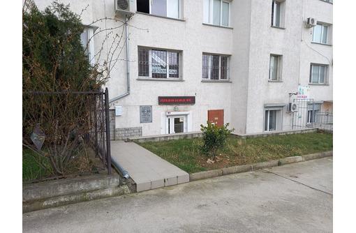 Продается офис с ремонтом 79 м.кв. на ул. Астана Кесаева, 18 - Продам в Севастополе